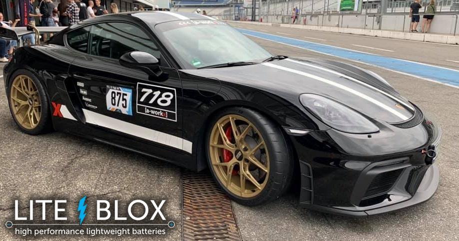 Porsche Cayman GT4 CS powered by LITE↯BLOX