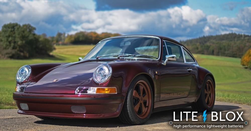 Porsche 964 restomod powered by LITE↯BLOX