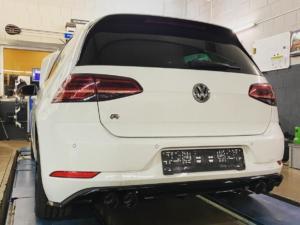 VW Golf7R SAR 01
