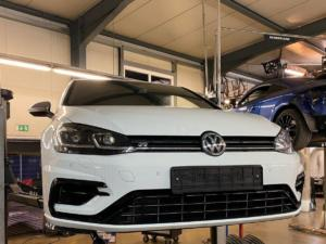 VW GolfR 01 web